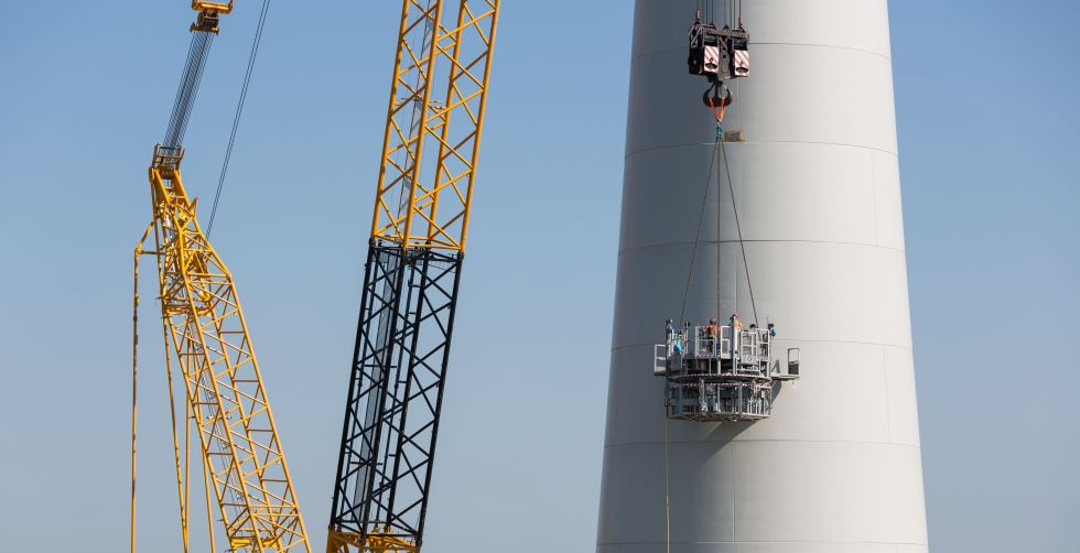 wind turbine tower blast cleaning